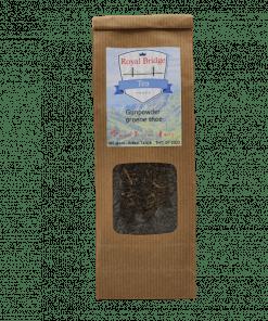 Gunpowder is een klassieke groene thee die uit de provincie Zhejiang, China komt. De korrels lijken op buskruit en is gemaakt van handgerolde bladeren.
