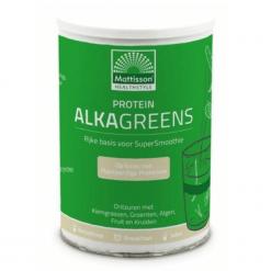 Protein AlkaGreens Poeder is samengesteld uit o.a. Kiemgrassen die Chlorofyl bevatten, Plantaardige Proteïnen, Vezelrijk Groenten- en Fruitcomplex.