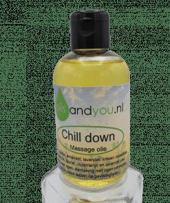 Chill down massage olie van Oils and You is speciaal gemaakt om het lichaam te masseren voor diepe een ontspanning. 100% natuurlijk.