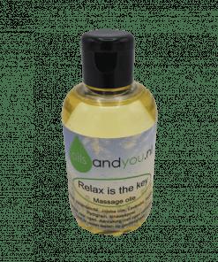Relax is the key massage olie is speciaal gemaakt om het lichaam licht en ontspannend te masseren. - Rijk aan natuurzuivere etherische olie - Verkoelend - Kalmerend - Rustgevend Verpakt per 100 ml